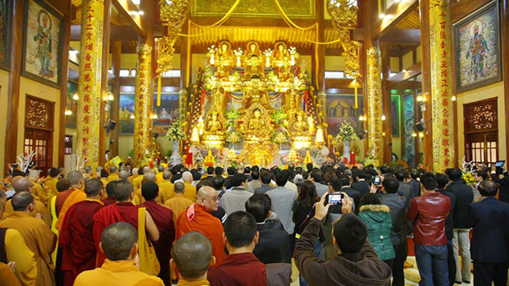 Vụ 'gọi vong' tại chùa Ba Vàng: Giáo hội Phật giáo Việt Nam đề nghị làm rõ